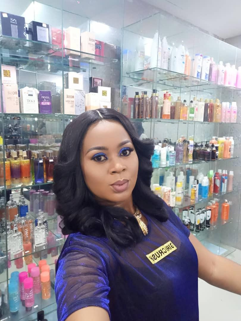 Nollywood actress, Stephanie Chijioke hits location for Polished Affair